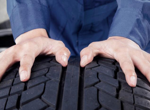 tyre fitting in Neston